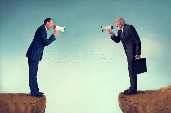 Negócio conflito empresários montanha terno Foto stock © leeavison