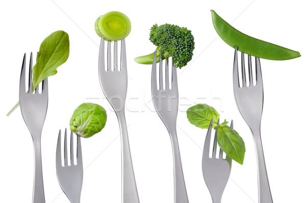 Zdrowych zielone żywności biały surowy odizolowany Zdjęcia stock © leeavison