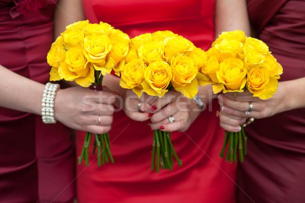 Citromsárga rózsa esküvő három tart rózsák Stock fotó © leeavison