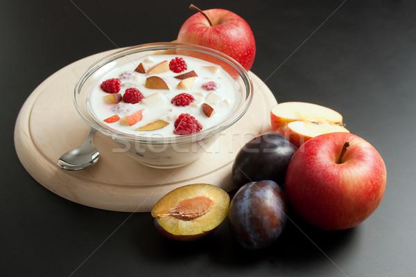 Joghurt vegyes gyümölcs darabok üveg tál Stock fotó © Leftleg