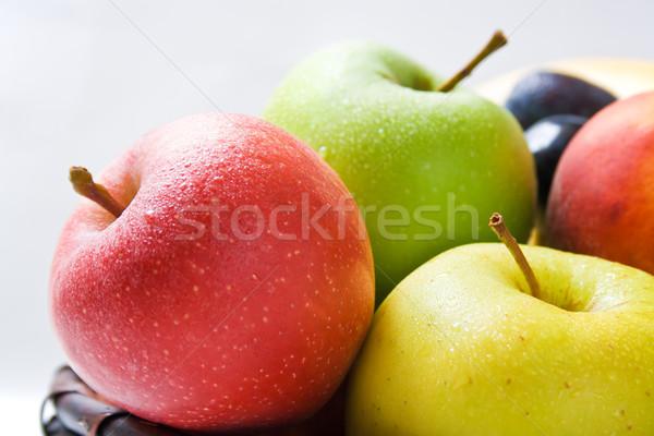Almák különböző friss érett különböző színek Stock fotó © Leftleg