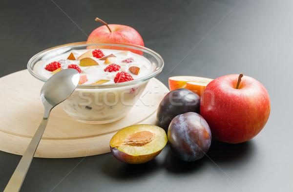 Joghurt gyümölcsök üveg tál vegyes gyümölcs Stock fotó © Leftleg