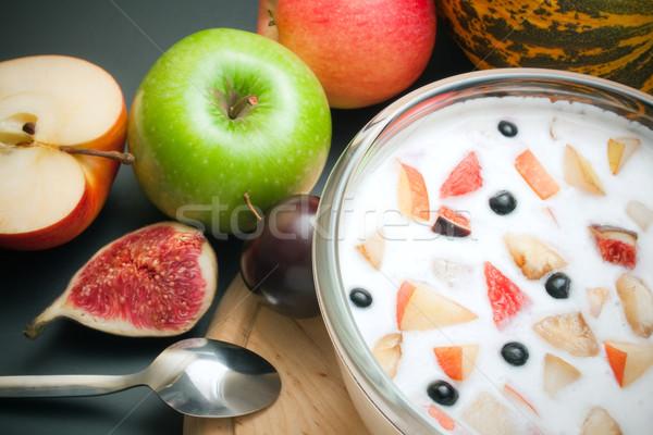 Joghurt gemischte Obst Stücke Glas Schüssel Stock foto © Leftleg