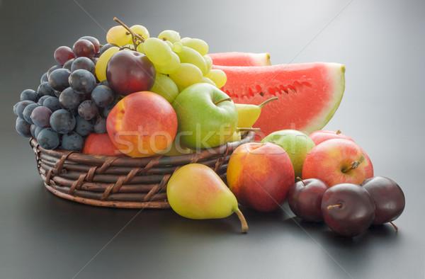 Gyümölcsök egyezség különböző friss érett fonott Stock fotó © Leftleg