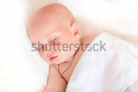 Aanbiddelijk meisje slapen bed baby kinderen Stockfoto © Len44ik
