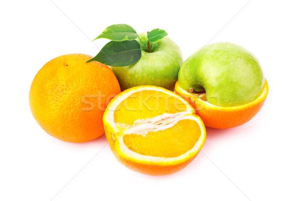 Taze sulu portakal elma yalıtılmış beyaz Stok fotoğraf © Len44ik
