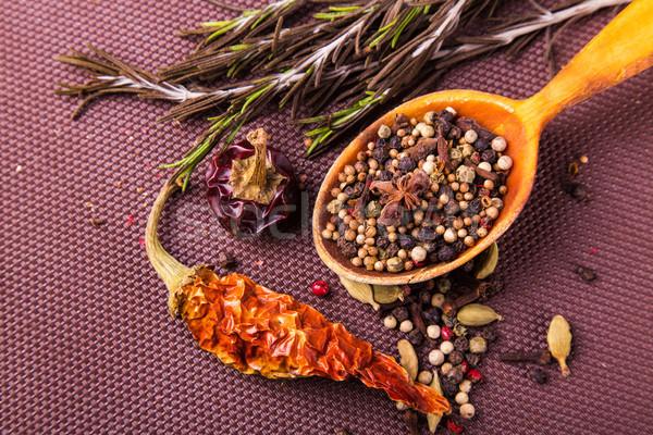 Especias hierbas cuchara de madera marrón mantel Foto stock © Len44ik