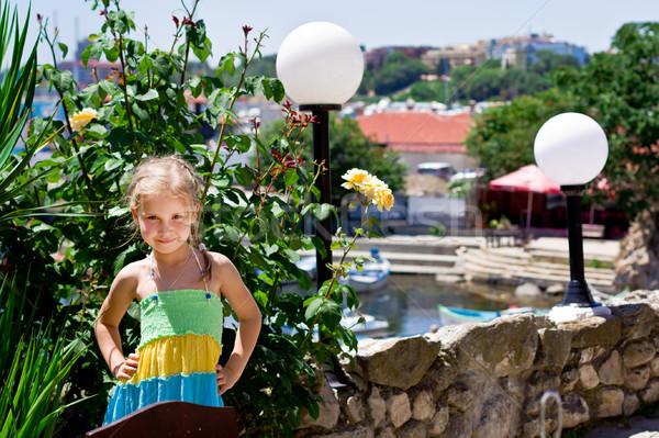 Güzel küçük kız sahil tatil yaz aile Stok fotoğraf © Len44ik