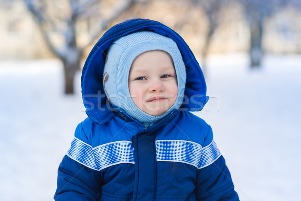 Sevimli bebek erkek oynama kar oyuncak Stok fotoğraf © Len44ik