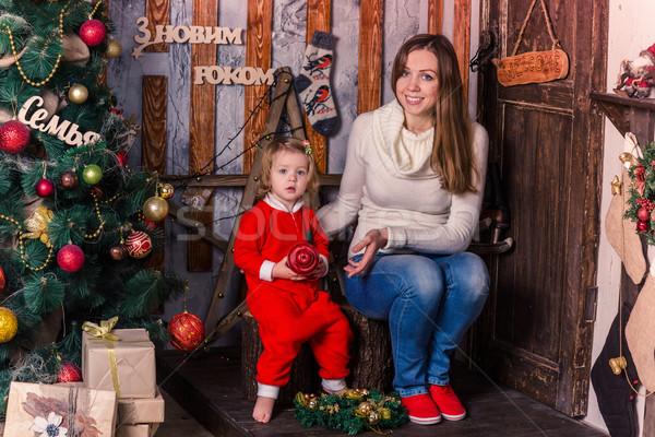 Mutlu küçük bebek kostüm anne noel Stok fotoğraf © Len44ik