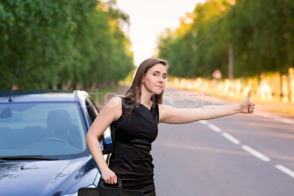 Güzel işkadını durdurmak araba yol Stok fotoğraf © Len44ik