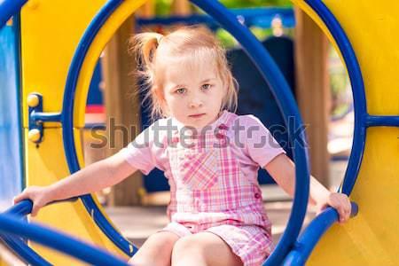 Belo little girl ao ar livre recreio verão menina Foto stock © Len44ik