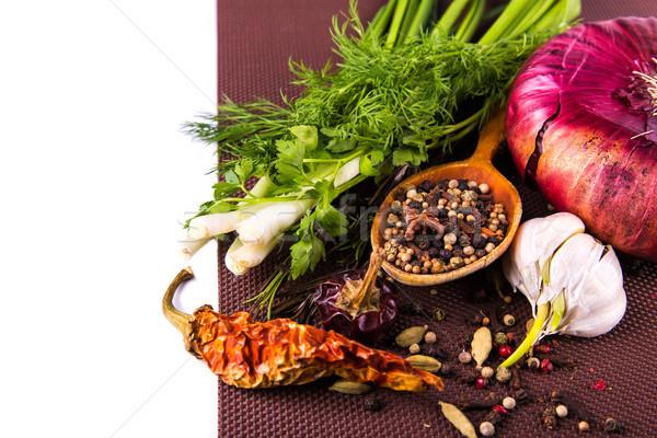 Baharatlar otlar soğan kahverengi masa örtüsü Stok fotoğraf © Len44ik