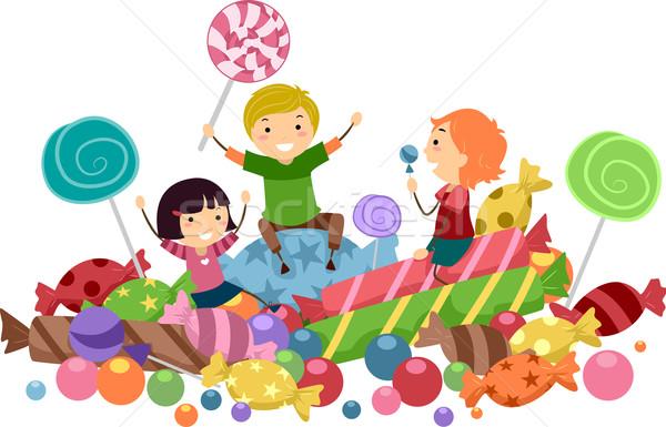 Рисунок ребенок с конфетой