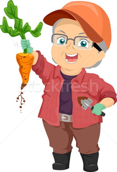 Senior mulher colheita cenoura ilustração orgulhoso Foto stock © lenm