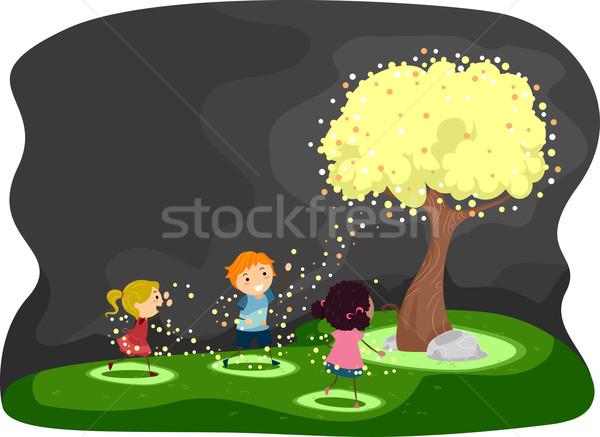 Szentjánosbogár fa illusztráció gyerekek körül fedett Stock fotó © lenm