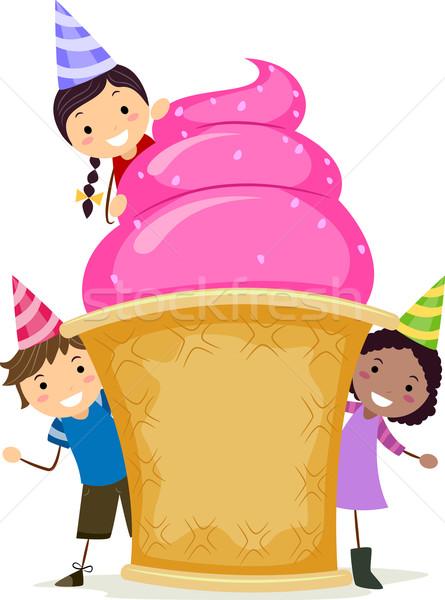 Reus ijscoupe illustratie kinderen rond verjaardag Stockfoto © lenm