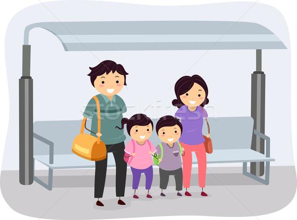 Otobüs durağı örnek aile bekleme kadın çocuklar Stok fotoğraf © lenm