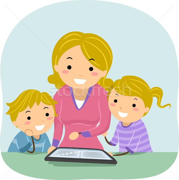 Mamãe crianças ebook ler ilustração mãe Foto stock © lenm