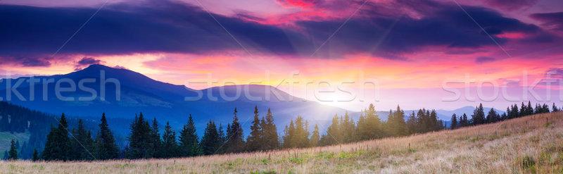 Montagnes paysage majestueux matin ciel nuages Photo stock © Leonidtit
