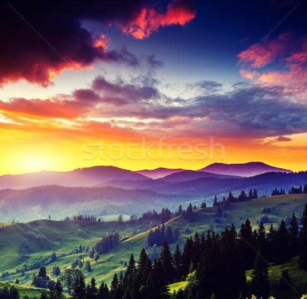 Stock fotó: Hegy · tájkép · fantasztikus · reggel · színes · égbolt