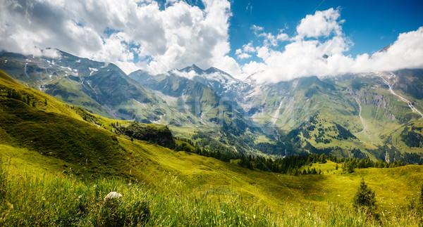 Güzel dağ manzara muhteşem görmek yeşil Stok fotoğraf © Leonidtit