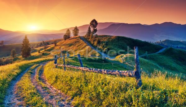 Montanha fantástico manhã paisagem colorido céu Foto stock © Leonidtit