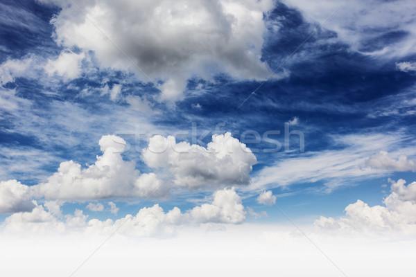 Felhő fehér bolyhos felhők fantasztikus kék ég Stock fotó © Leonidtit