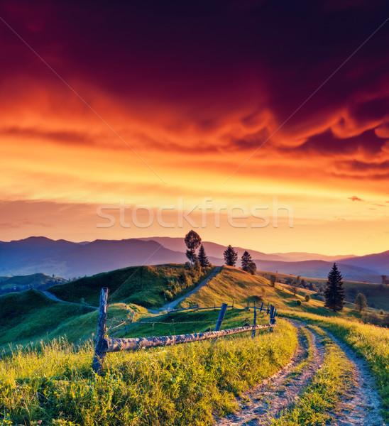 út fantasztikus reggel hegy tájkép színes Stock fotó © Leonidtit
