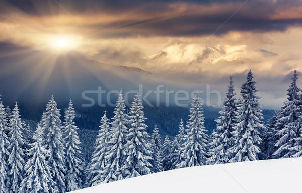 Tél fenséges naplemente hegyek tájkép égbolt Stock fotó © Leonidtit