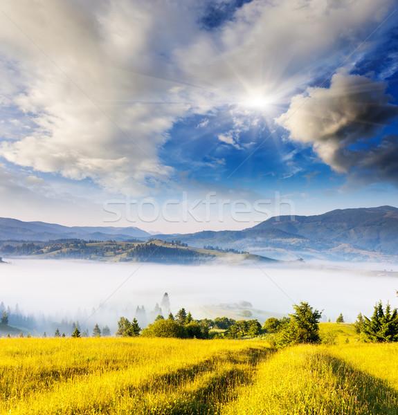 山 景觀 早晨 山 天空 商業照片 © Leonidtit