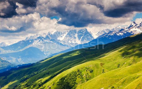 Montagne paysage belle vue alpine Photo stock © Leonidtit