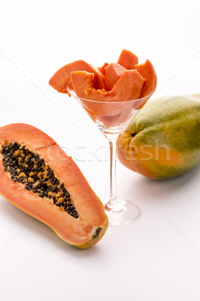 Tangerine pulp and peppery seeds - the Papaya