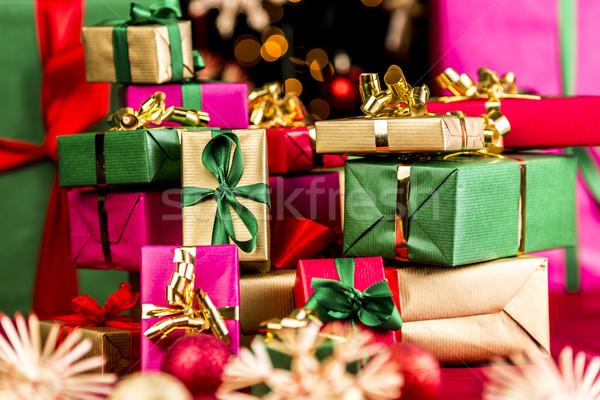 Präsentiert Weihnachten Geschenke gestapelt Stock foto © leowolfert