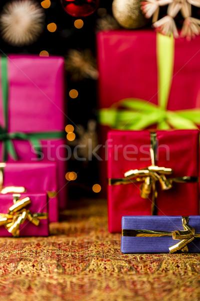 Christmas geschenk arrangement warm kleuren presenteert Stockfoto © leowolfert