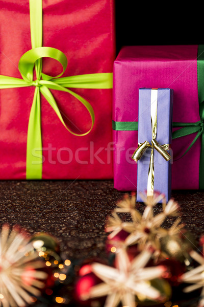 Bowknots, presents, stars and twinkles