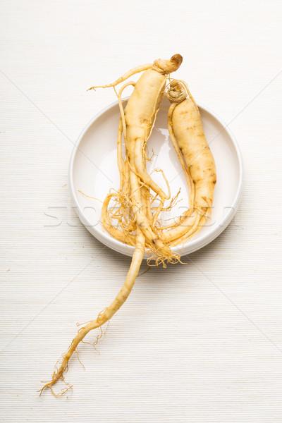 Fraîches ginseng bol alimentaire blanche Asie Photo stock © leungchopan