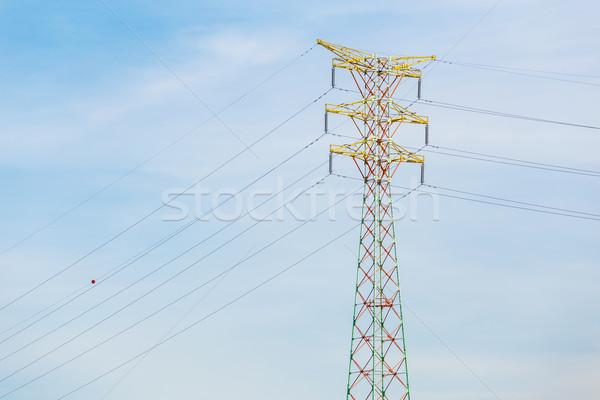 Moc dystrybucja wieża kabel niebo oleju Zdjęcia stock © leungchopan