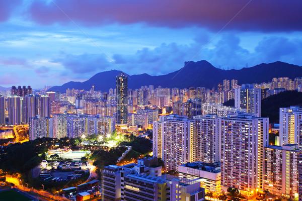 Városkép oroszlán kő Hongkong hegy városi Stock fotó © leungchopan