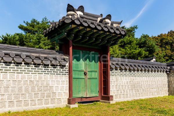 Traditioneel architectuur huis boom gebouw hout Stockfoto © leungchopan