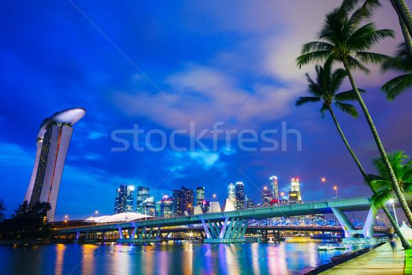 Szingapúr városkép épület fény tenger városi Stock fotó © leungchopan