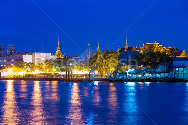 Bangkok éjszaka víz építészet vallás városkép Stock fotó © leungchopan