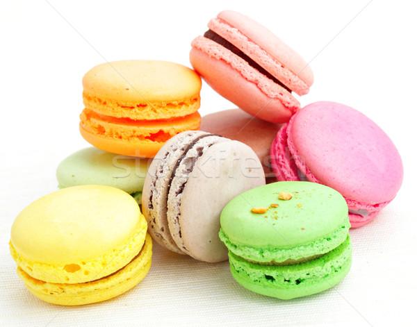 Macaron alimentaire chocolat gâteau vert framboise Photo stock © leungchopan