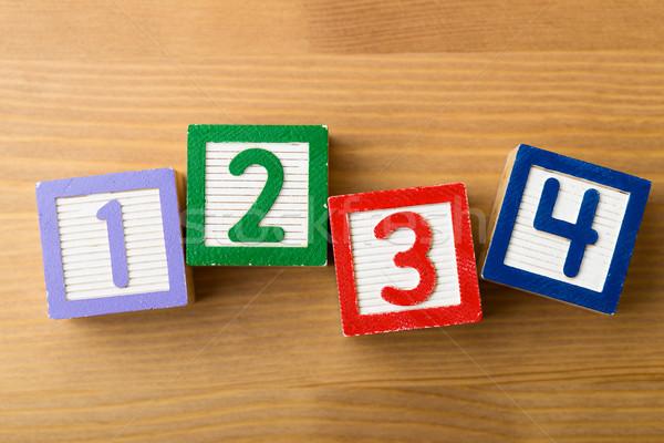 Foto stock: Brinquedo · de · madeira · madeira · diversão · leitura · jogar · blocos