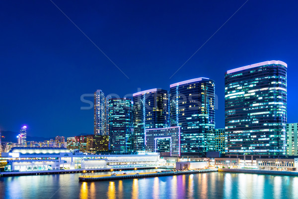 Foto stock: Centro · da · cidade · noite · negócio · edifício · cidade · linha · do · horizonte