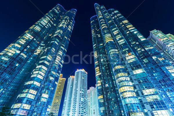 Modern bina gökyüzü Bina duvar ev cam Stok fotoğraf © leungchopan