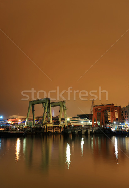 Doca noite céu edifício cidade construção Foto stock © leungchopan