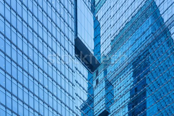 Modern bina ofis duvar finanse kurumsal şehir merkezinde Stok fotoğraf © leungchopan