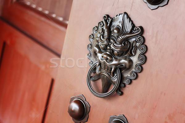 Lion porte lock design métal dragon Photo stock © leungchopan
