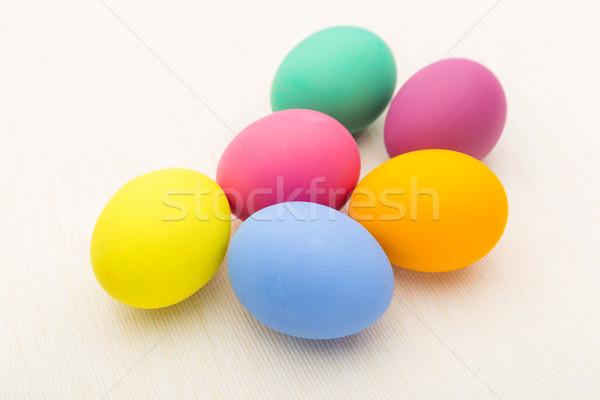 Festett húsvéti tojás fehér vászon tavasz étel Stock fotó © leungchopan